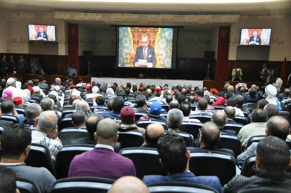 بالصور.. كواليس الاستماع للخطاب الملكي بمناسبة الذكرى 42 للمسيرة الخضراء بولاية مراكش