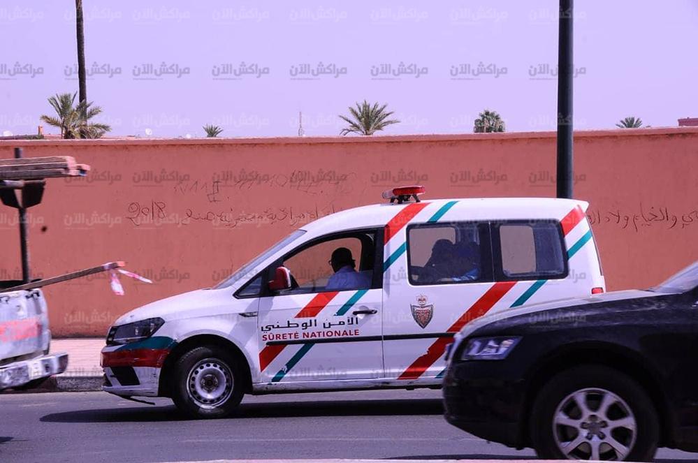 انفراد.. أمن مراكش يعتقل المتورط في الكتابات المسيئة لرموز الدولة بحائط المركب الرياضي الخميس