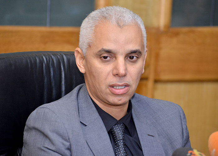 وزير الصحة يؤكد في ندوة صحفية أن عدد حالات الاصابة بفيروس كورونا بلغ 54 حالة ضمنها خمسة مصابين بجهة مراكش – آسفي
