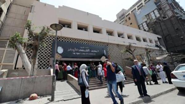 إصابة 17 طبيبا وممرضا بفيروس كورونا بالمعهد القومي للأورام بمصر