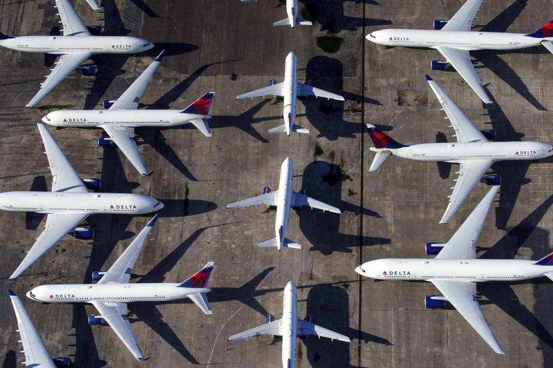 اليونان تمدد القيود على الرحلات الجوية الدولية حتى 22 فبراير الجاري