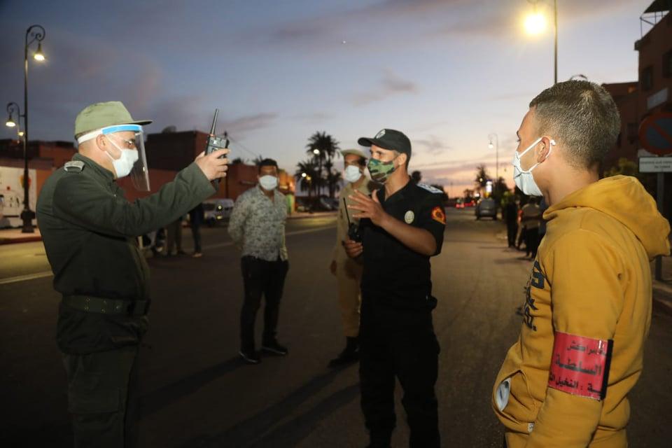 حملة امنية مشتركة تطيح ب 13 خارقا لحالة الطوارئ الصحية بمنطقة النخيل بمراكش +صور