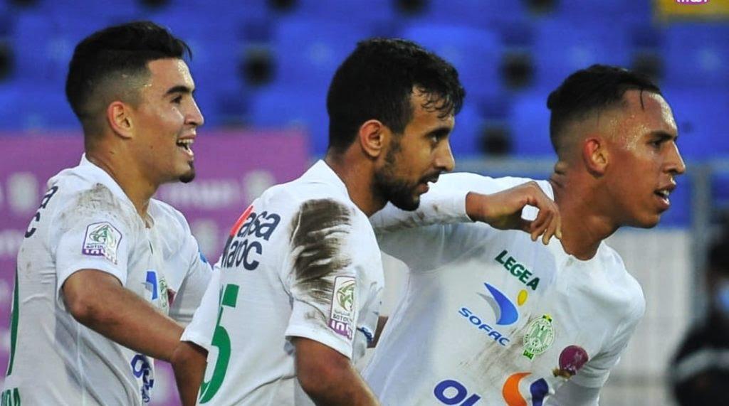 الرجاء البيضاوي يفوز على إتحاد طنجة بثنائية