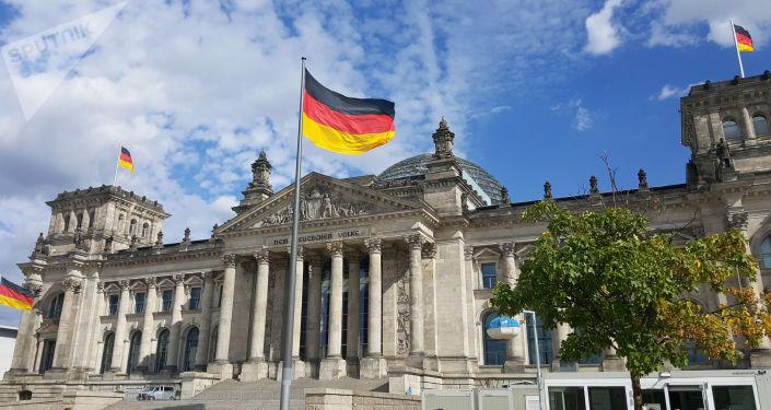 """ألمانيا تعلن تمديد القيود المفروضة لمواجهة """"كورونا"""" حتى مارس المقبل"""