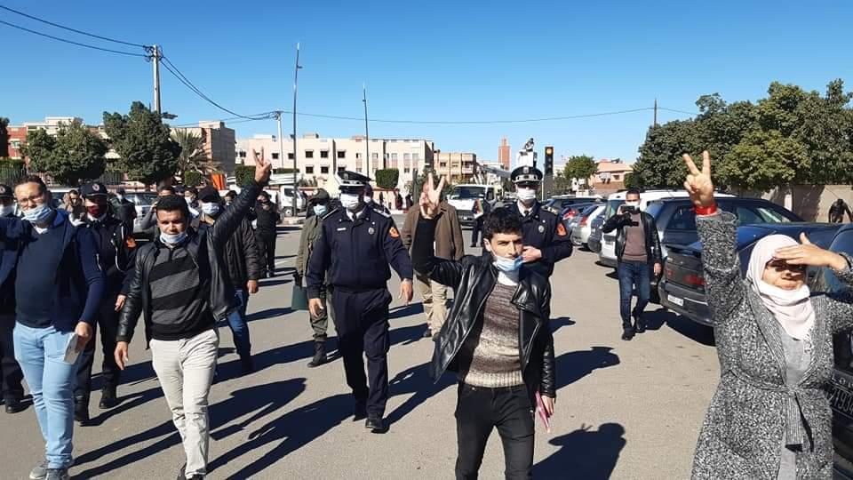 أمن شيشاوة يمنع وقفة تنسيقية موظفي الجماعات غير المدمجين بالسلم العاشر