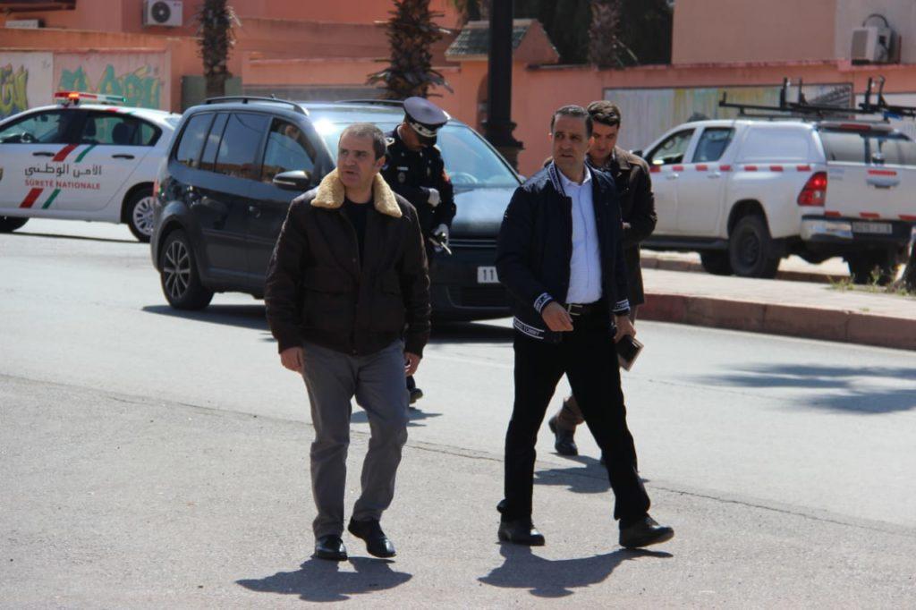 عامل قلعة السراغنة والكاتب العام بالنيابة يزوران ضحايا حادث زمران الشرقية بمستشفى لالة خديجة والمستشفى الإقليمي