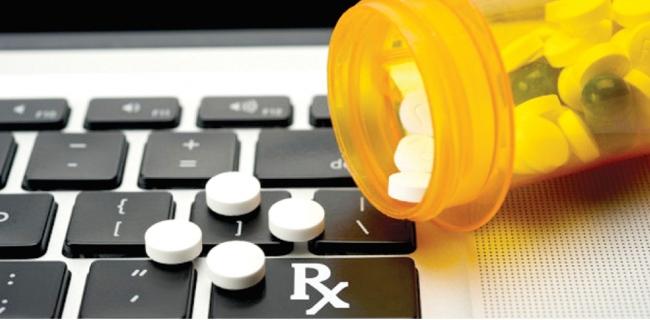 النيابة العامة تتجه نحو حظر تسويق وترويج الأدوية عبر الانترنت