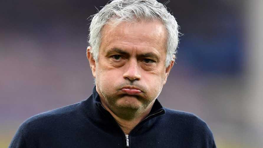 مورينيو يحصل على 17 مليون يورو بعد إقالته من توتنهام