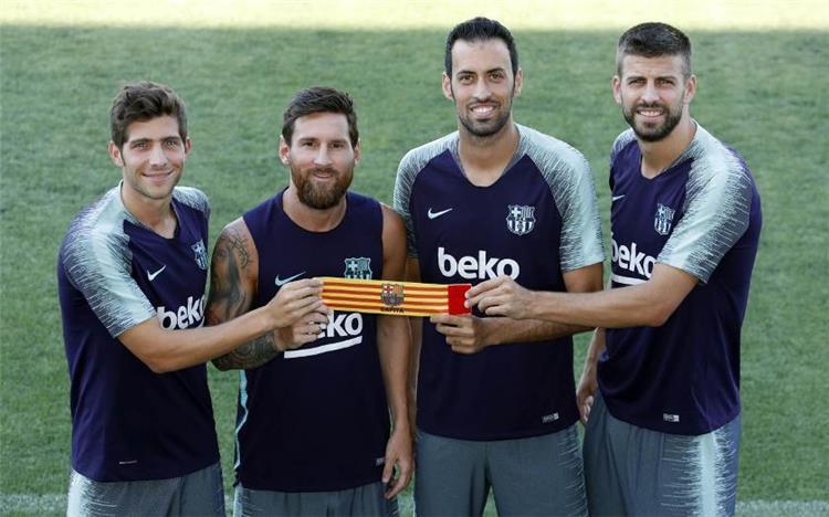 قادة برشلونة يرفضون تخفيض رواتبهم من أجل تجديد عقد ميسي